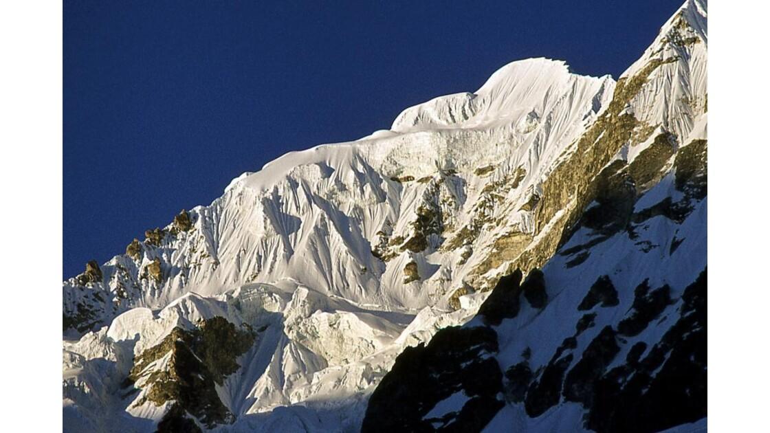 glaciers suspendus