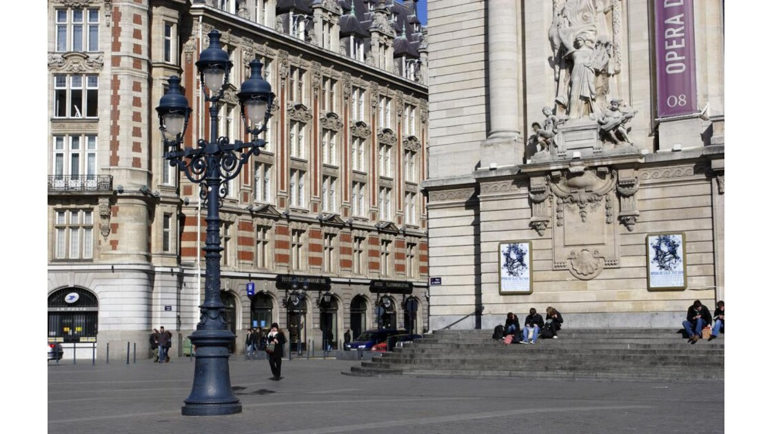 Place du Théâtre à Lille