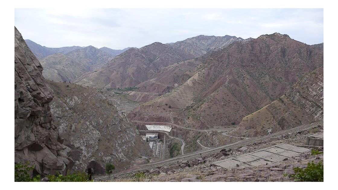 Depuis le plus haut barrage du monde