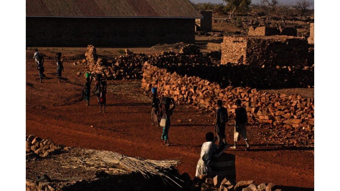Maliens dans la rue