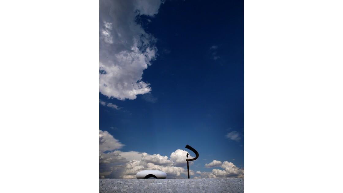 JK Monument, Brasilia