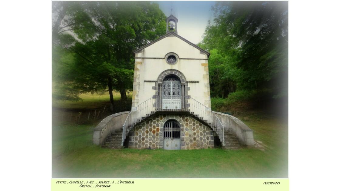 Petite chapelle source Orcival Auvergne