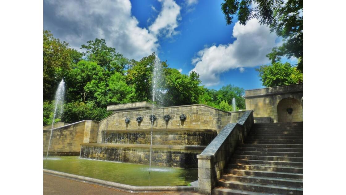 185_Fontaines_grande_cascade.JPG