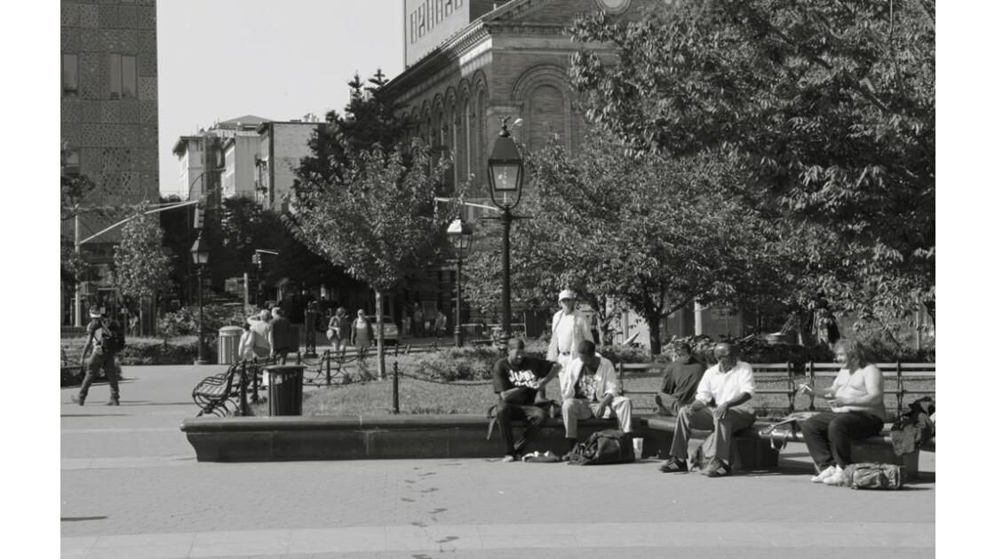 Dans Washington Square