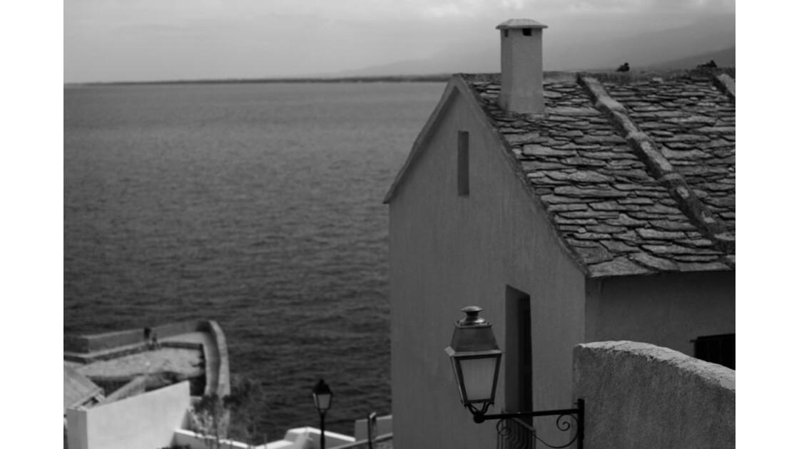 maison noir&blanc