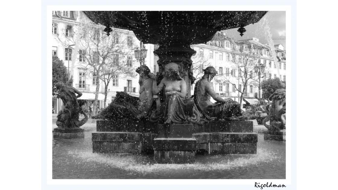 La fontaine Place de Rossio