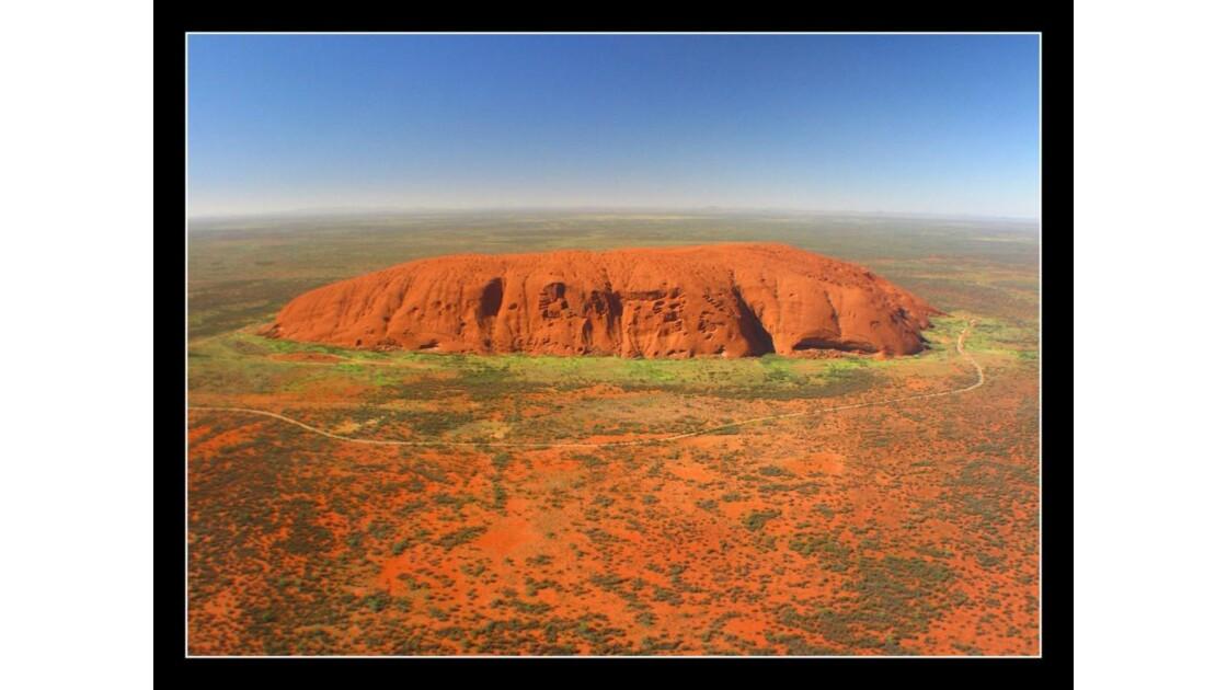 Uluru_3_Dec08.jpg