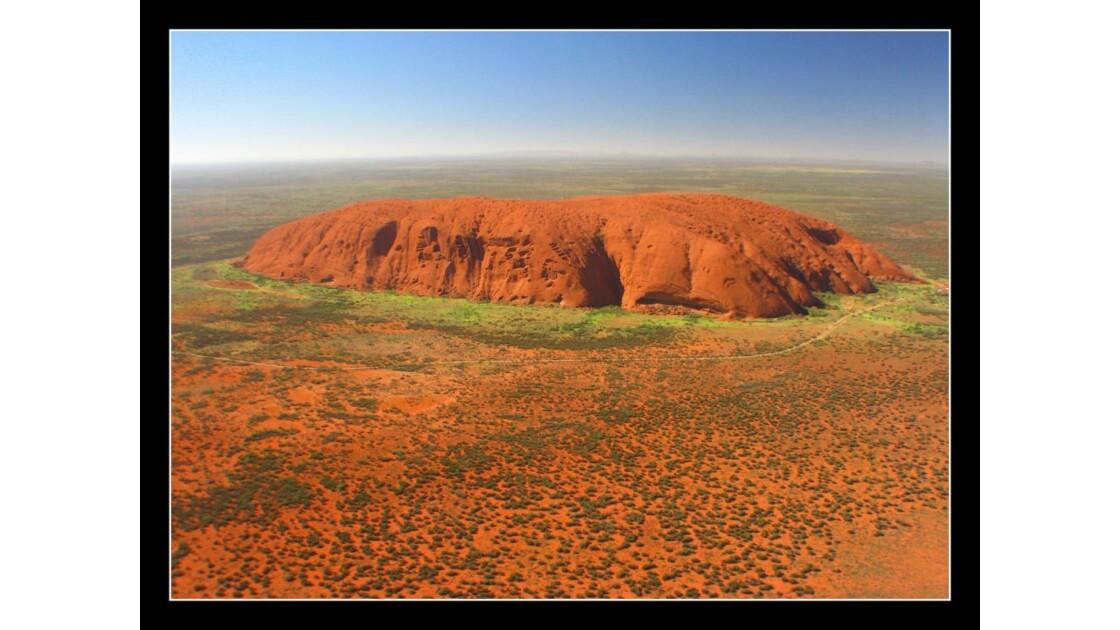 Uluru_5_Dec08.jpg