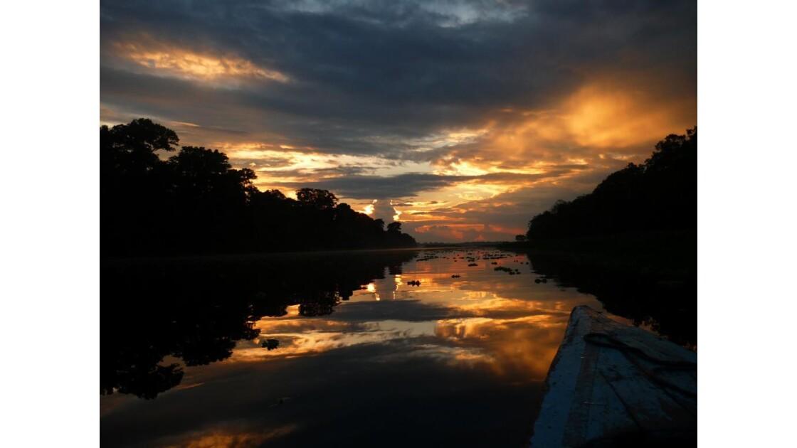 Coucher de soleil - Amazonie péruvienne