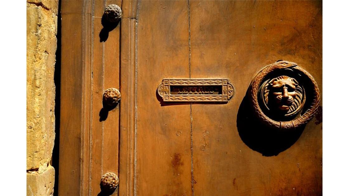 La porte du Lion !
