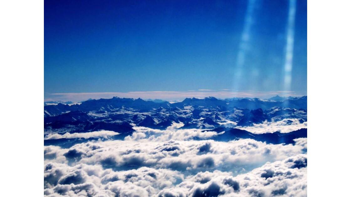 En dessus des Alpes Suisse