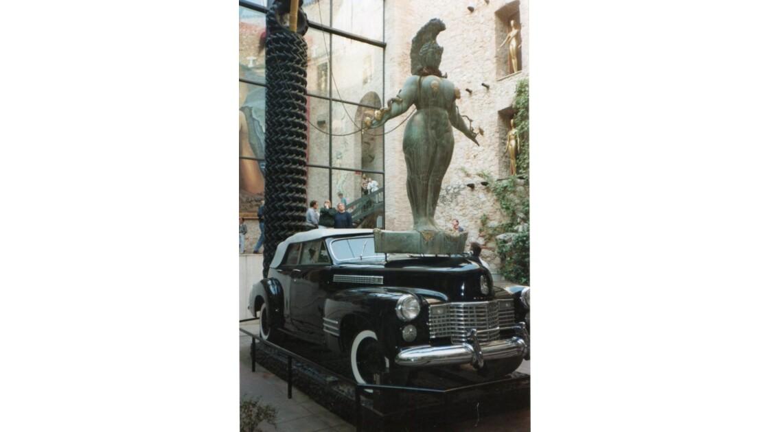 Intérieur musée Salvador Dali