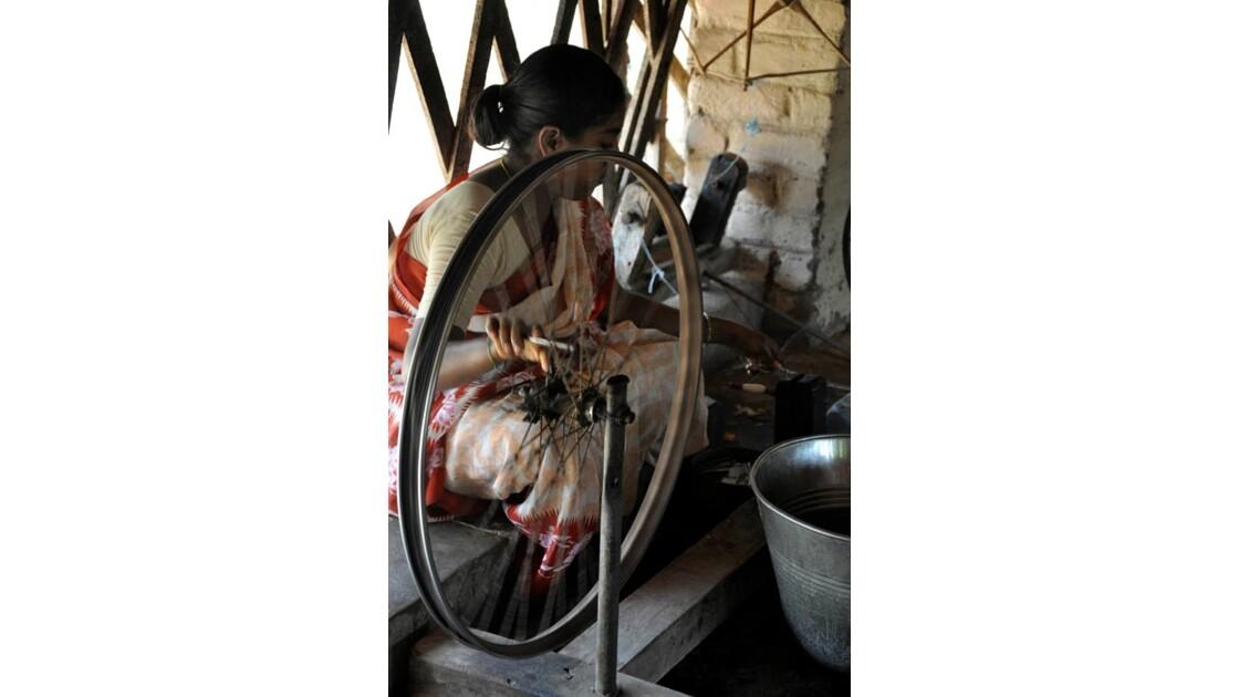 11 Le rouet…