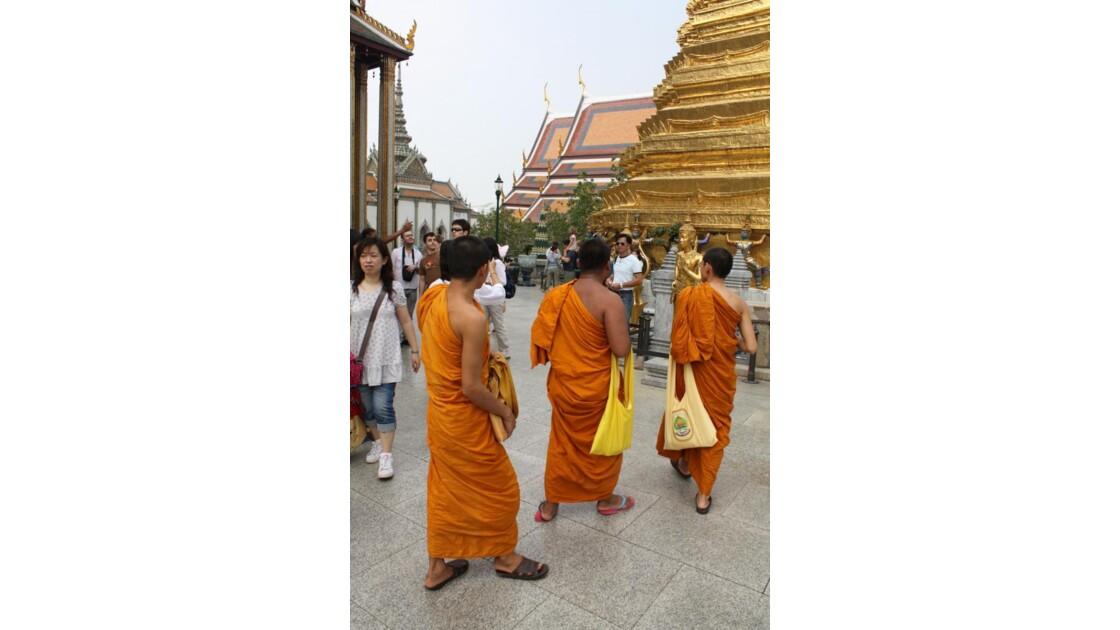 Grand Palais et moines