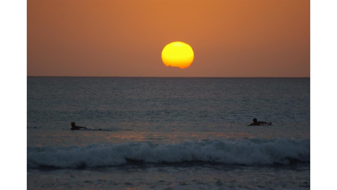 Surfers, Kuta