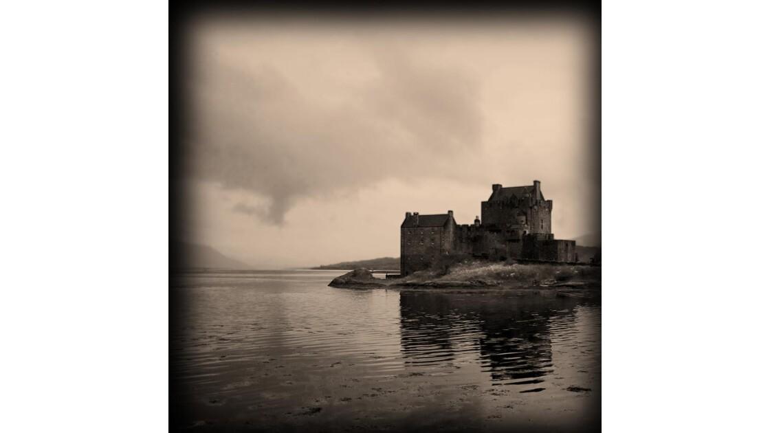 04_Eilean Donan Castle.jpg