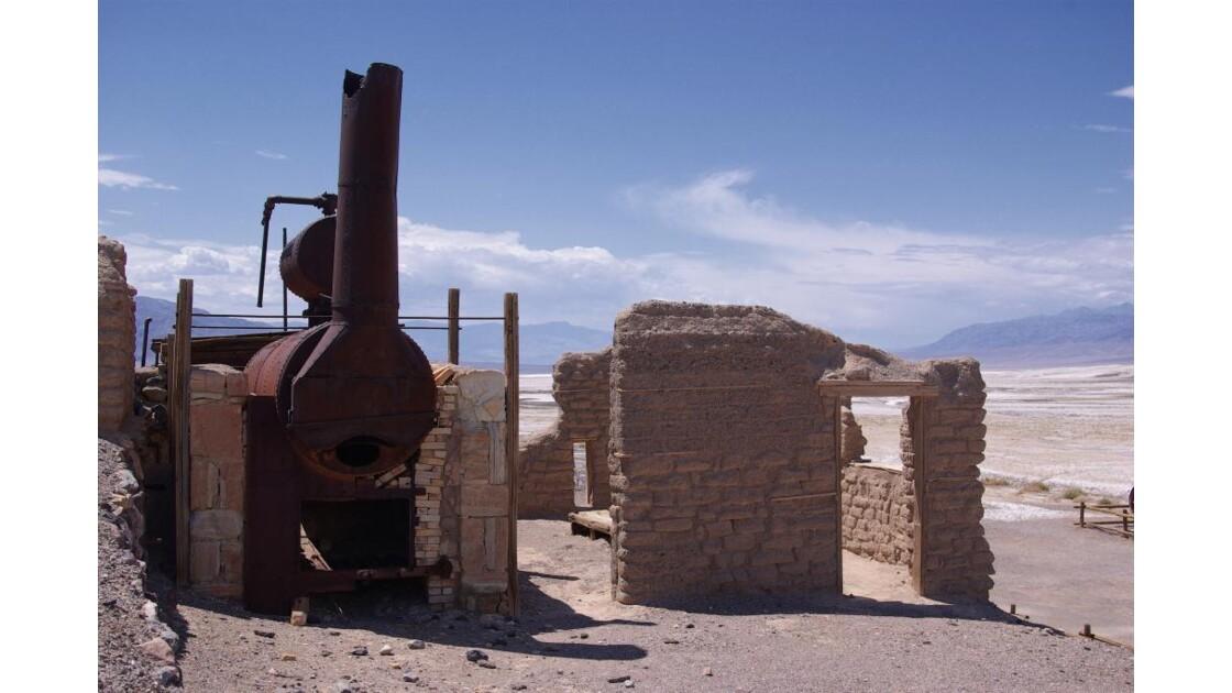 ancienne mine de borax.jpg