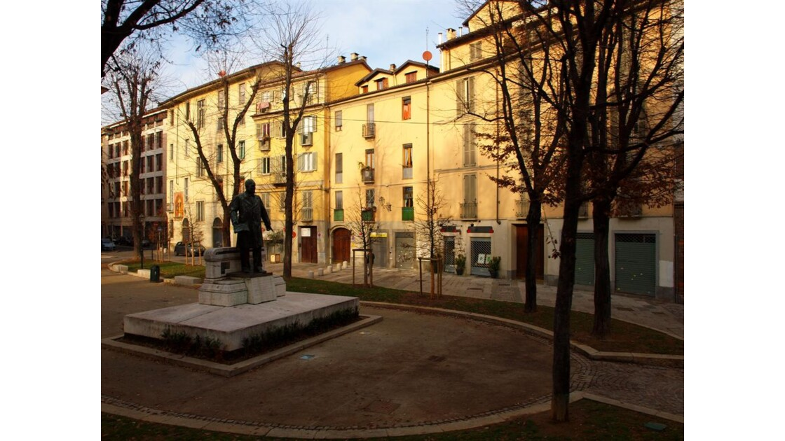 Turin : charmante petite place