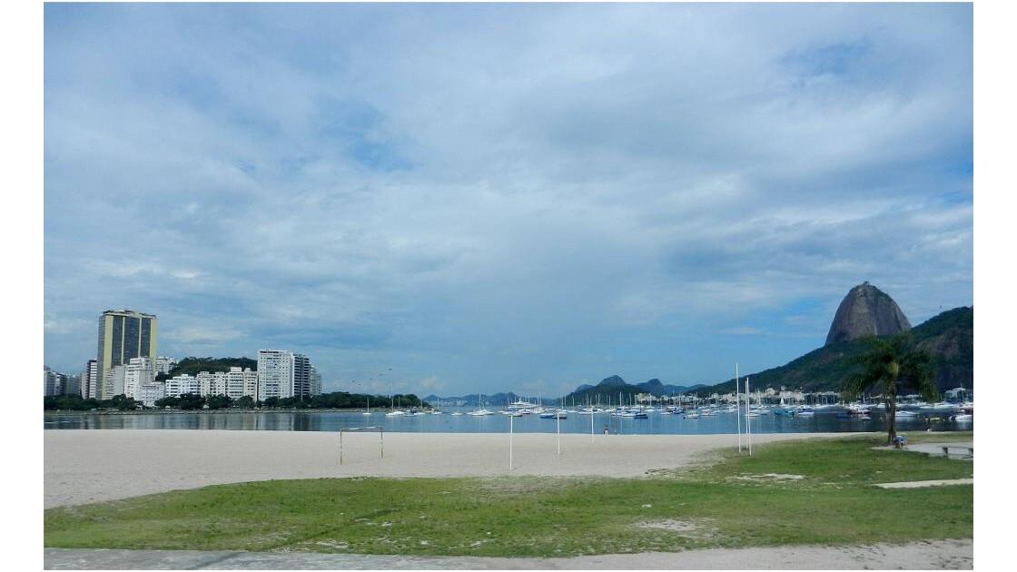 Baie de Botafogo à Rio.JPG