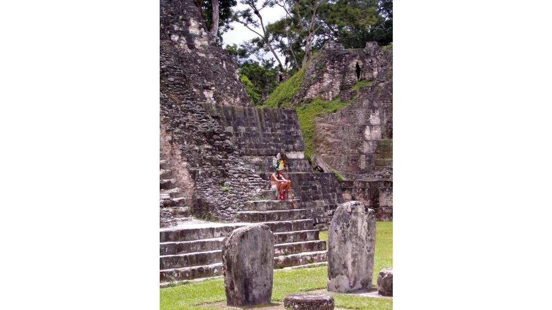 Tikal: Guerrier maya ''pour touristes''