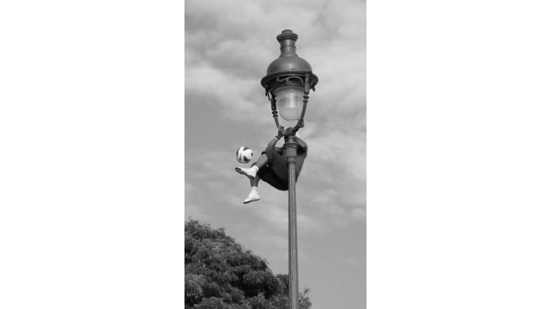 Foot acrobatique