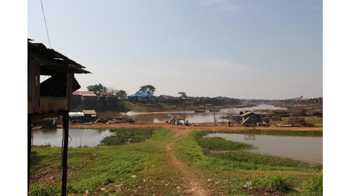 IMG_2567 Tonlé river