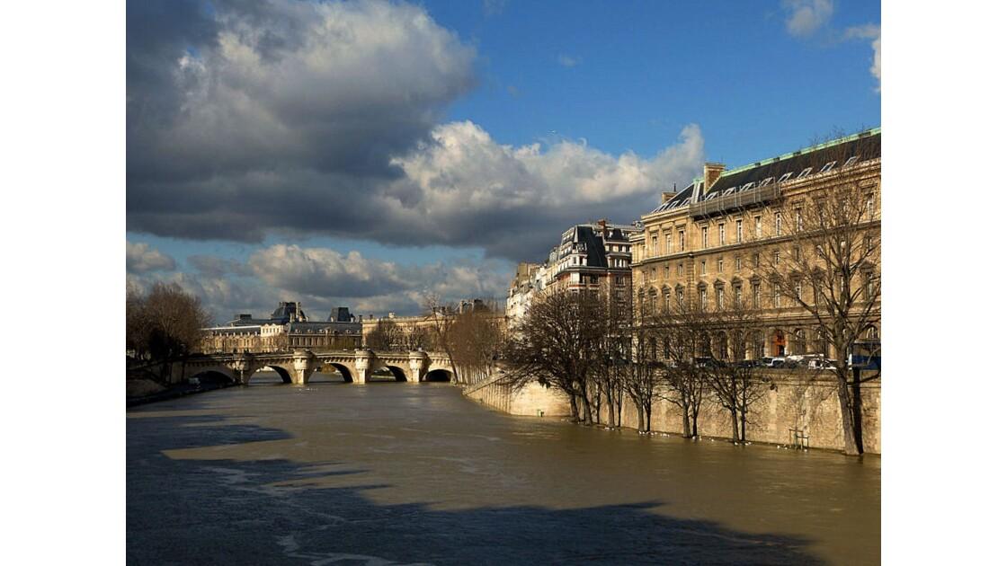 Nuages sur la Seine (2)