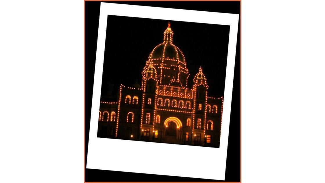 Le Parlement et lumières dorées