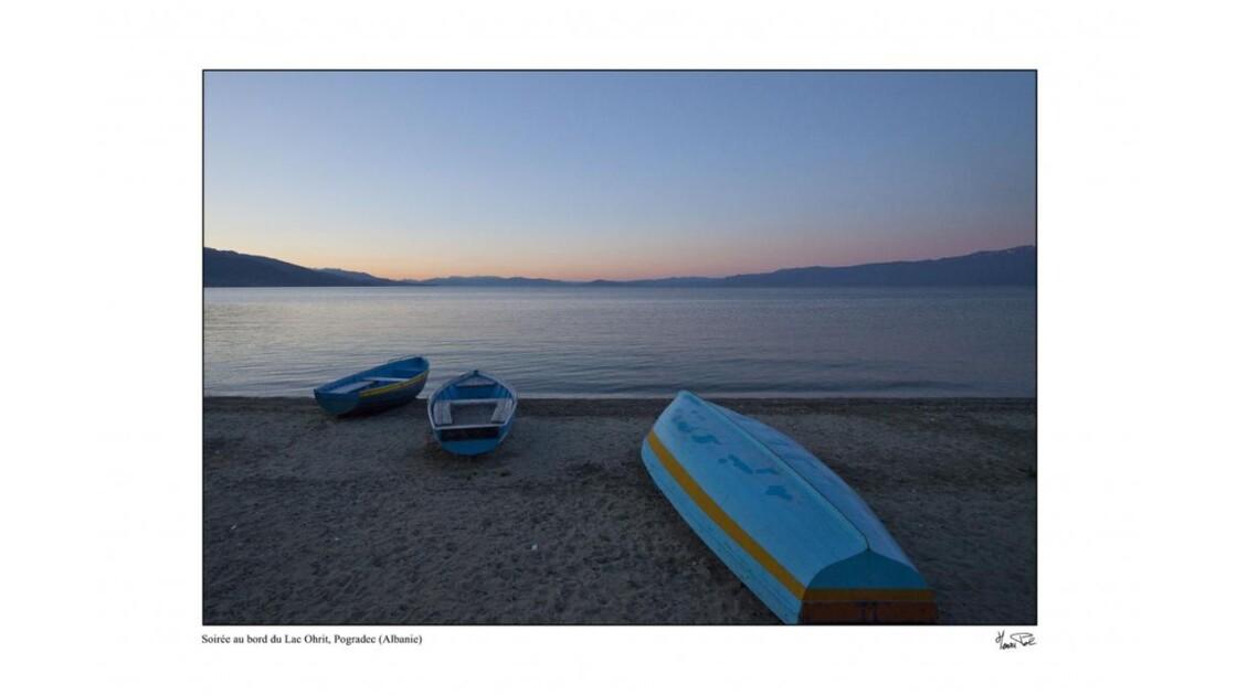 lumière du soir sur le lac Ohrit