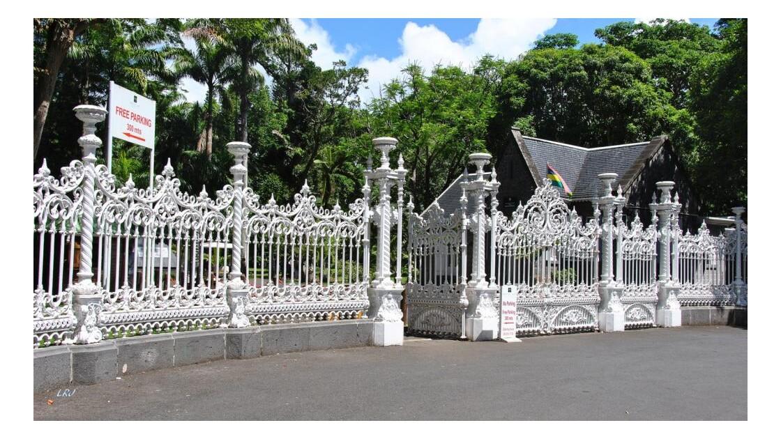 L'entrée du jardin de Pamplemousses.
