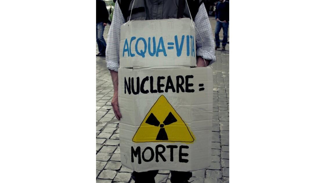 No_more_Fukushisma._Manifestations._Rom