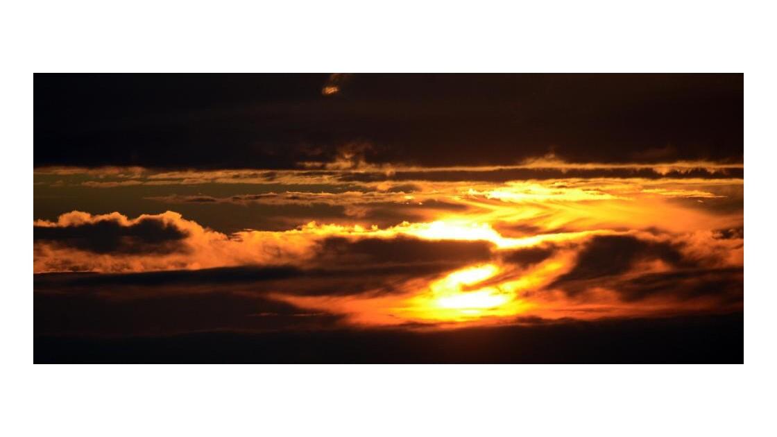Soleil sur la côte de Granit Rose