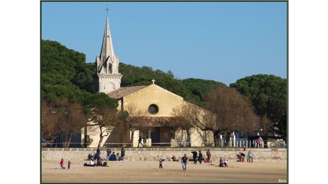 Eglise St Eloi de la plage à marée bass