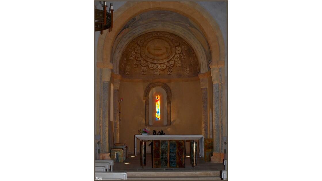 Eglise Saint Eloi, autel_P2167885.jpg
