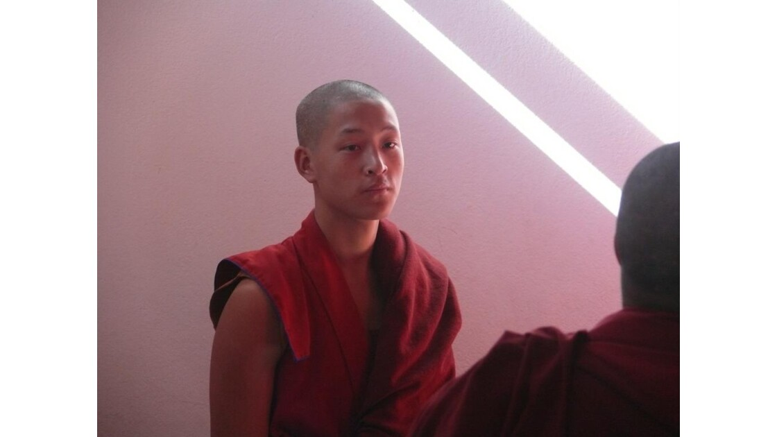Moine au monastère de Namo Buddha