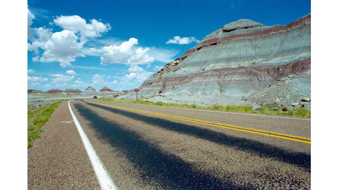 USA Painted Desert Zone des Tepees 4.JP