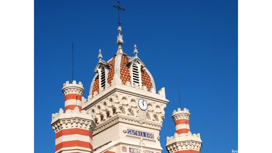 Chapelle Algérienne, clocher et tours