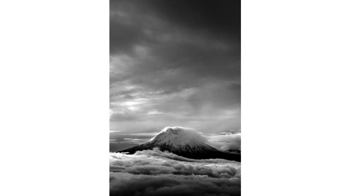 Cotopaxi (5887m)