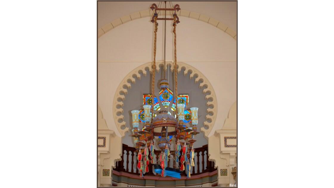 Chapelle, lustre, balcon, rosace, batea