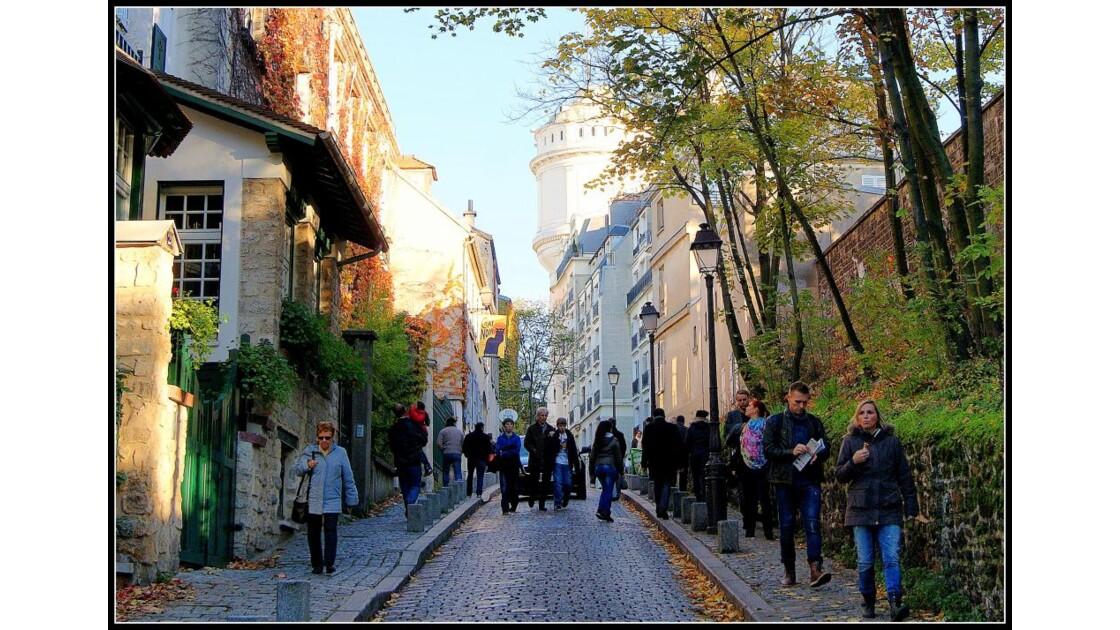 Au pied de la butte Montmartre!