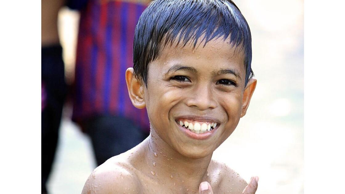 franc sourire indonésien.