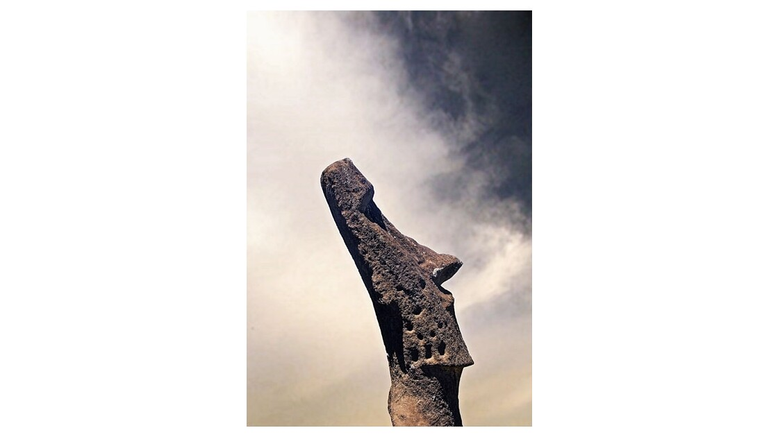 Moai de pur style - ranoraraku