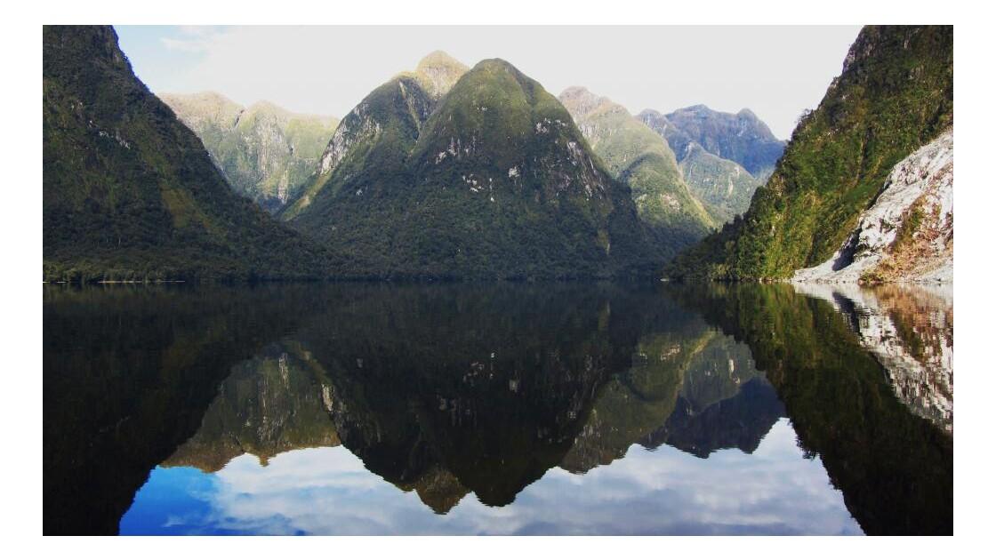 Les eaux mirroir de Doubtful Sound
