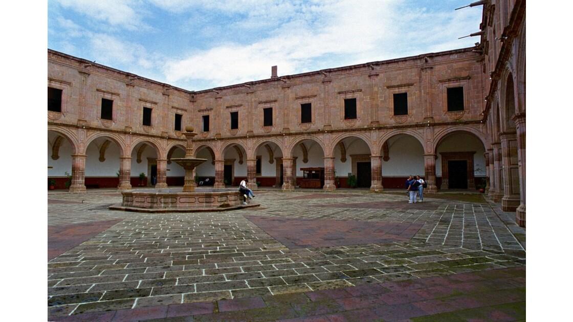 Mexique Morelia Palacio Clavijero.jpg