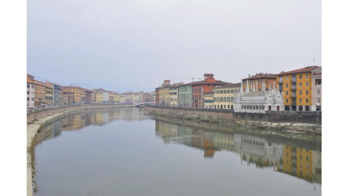 _DSC0230__2_.JPG -Pise et l'Arno
