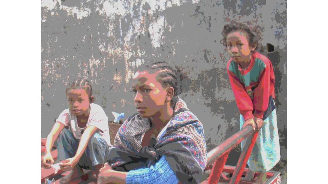 ENFANT_4___MADAGASCAR.jpg