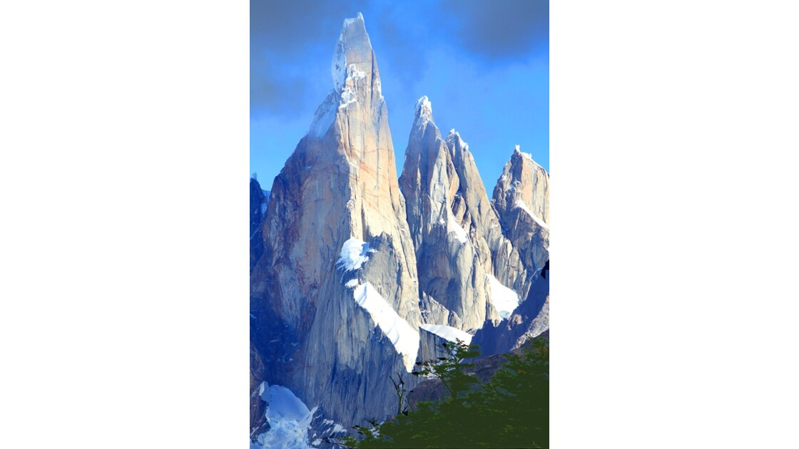 Le Cerro Torre .....