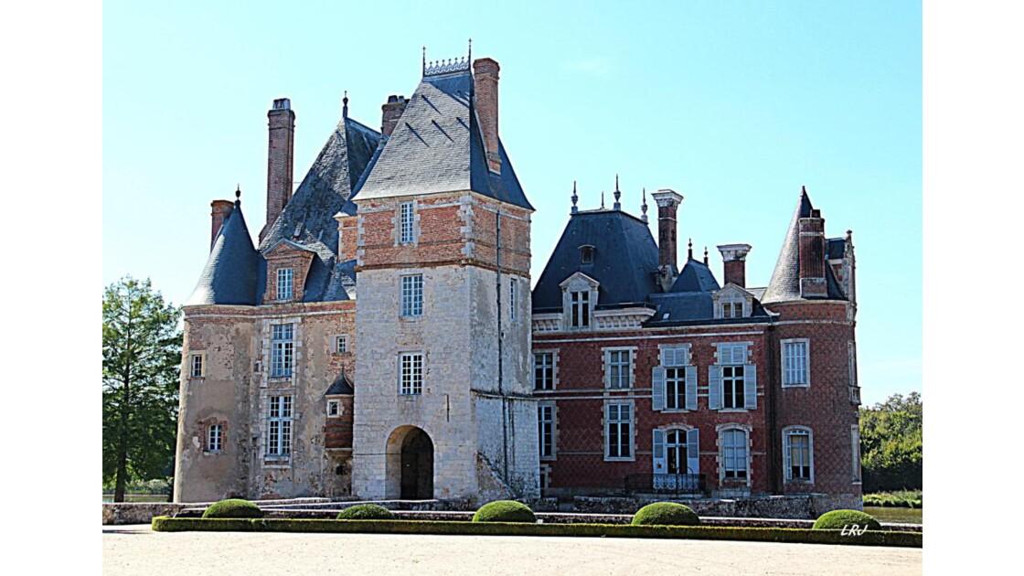 Château La BUSSIERE.