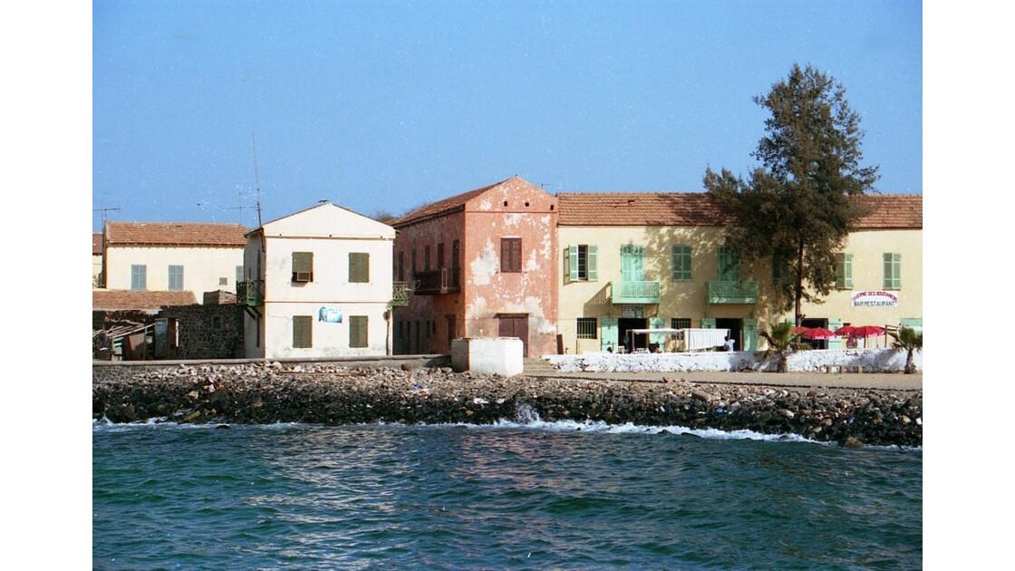 Sur le port de l'île de Gorée au Sénégal