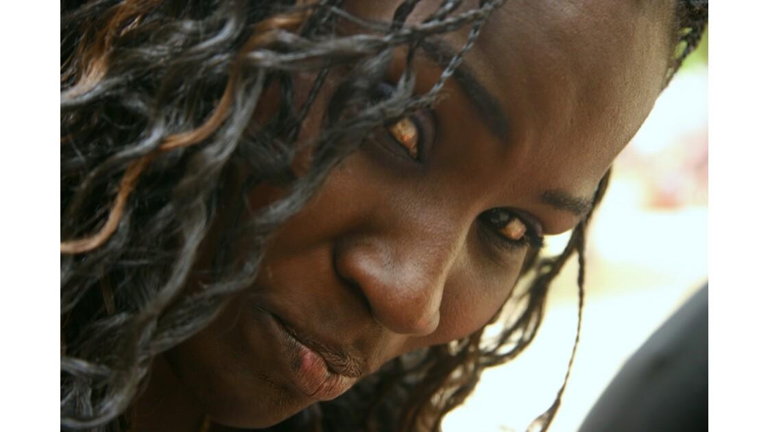 Jeune fille de l'île de Gorée
